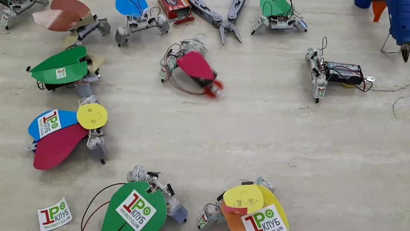 Роботы тараканы Город профессий 5