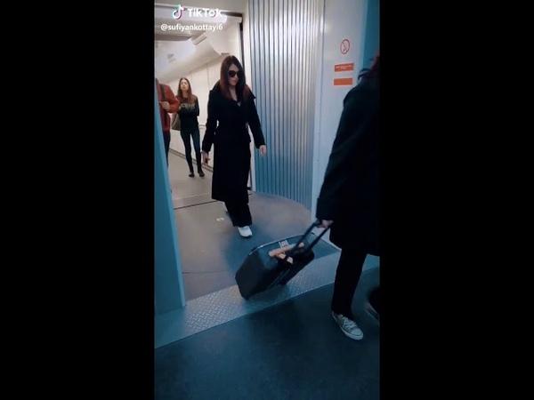Aishwarya rai bachan in Kuwait airport