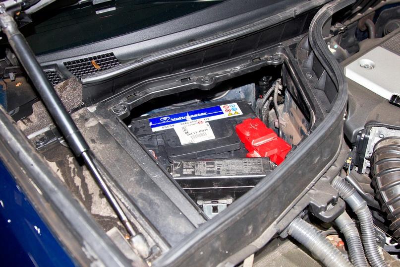Тесная ниша вмещает только компактные аккумуляторы