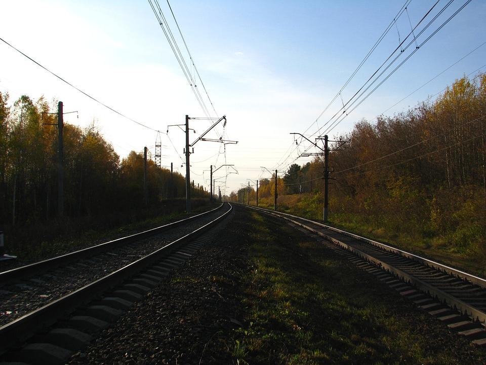 Поезд насмерть сбил мужчину в пригороде Йошкар-Олы