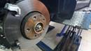 Замена передних тормозных колодок Renault Arkana