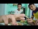 Anh thơm vlog vào bếp làm món chim trời xào sả ớt siêu cay