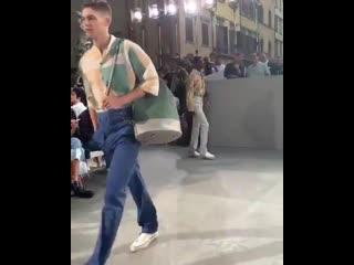 Another video of hero walking