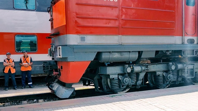 Train Coupling   Сцепка Локомотива И Пассажирского Состава