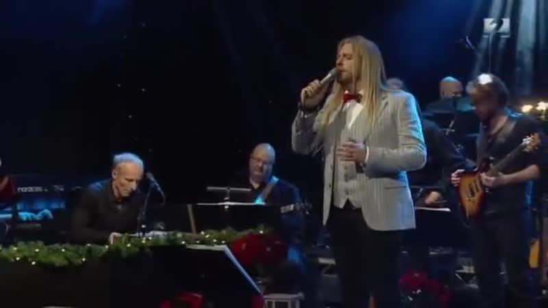 Eyþór Ingi Gunnlaugsson O Holy Night Ó helga nótt Channel 2 Iceland December 24th 2014