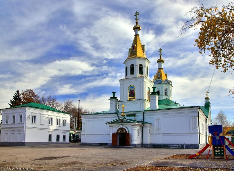 Петропавловский храм Самары. Здесь в 8 лет будущий владыка получил первое церковное послушание.
