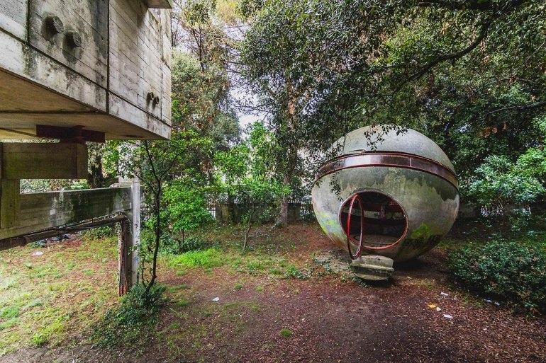 Интересные места нашей планеты Заброшенный дом Casa Sperimentale (Италия), изображение №4