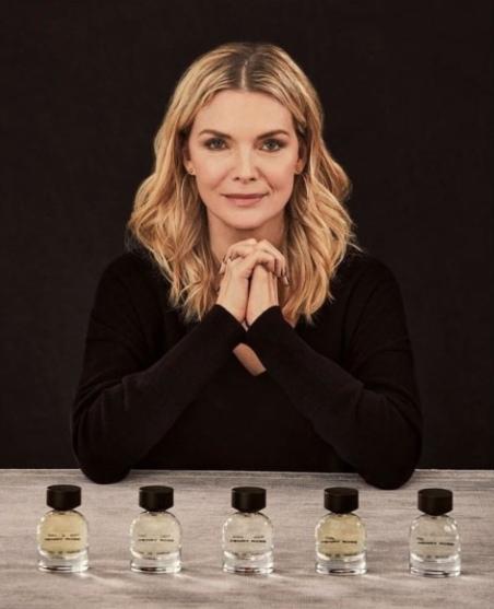 Мишель Пфайффер выпустила свою линию парфюмерии HenryRose.