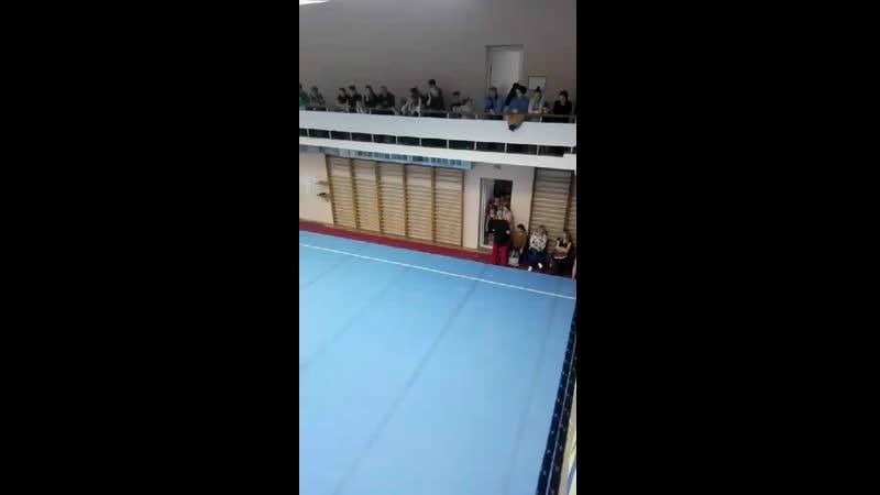 Video 193efa90d90dbfd1004156597eac5d12