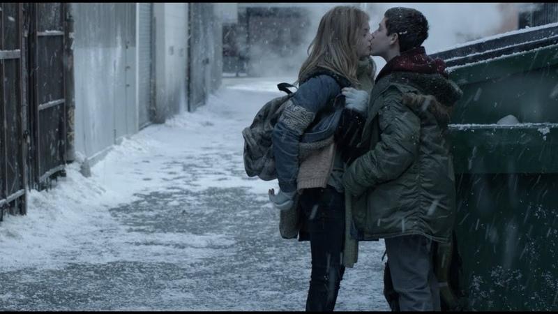 Первый поцелуй Карла и Бони Ограбление магазина Бесстыдники 2011 2019 S4 E9