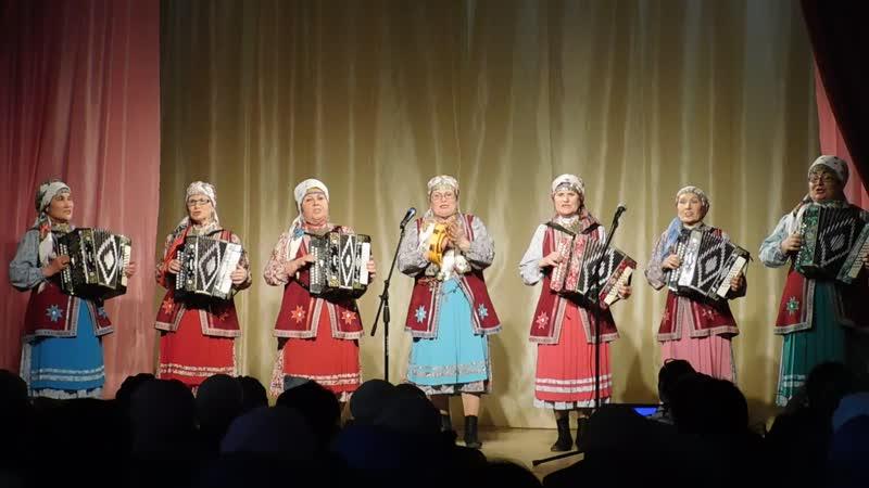 Народный ансамбль гармонисток «Арганчи», д.Бобья-Уча, Малопургинского района.