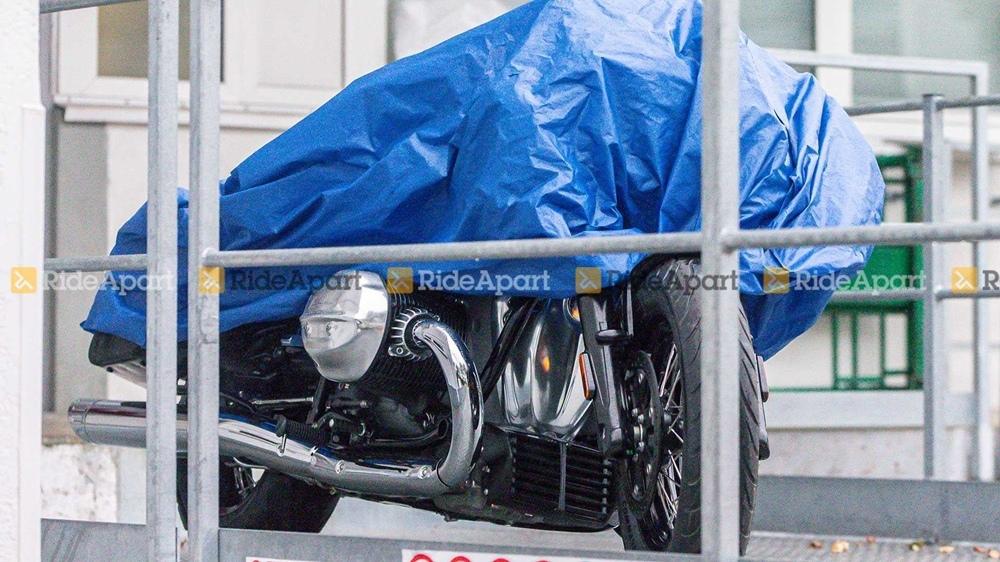 Первые фотографии производственной версии BMW R18