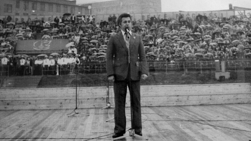 Иосиф Кобзон на празднике Олимпийского огня в Подольске.