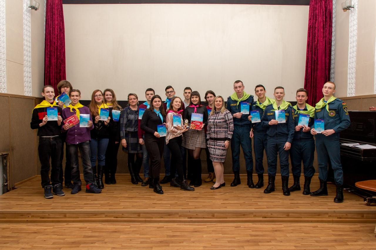 В Донецке прошёл III тур III сезона молодежной интеллектуальной развлекательной игры «Куда? Зачем? Почему?»