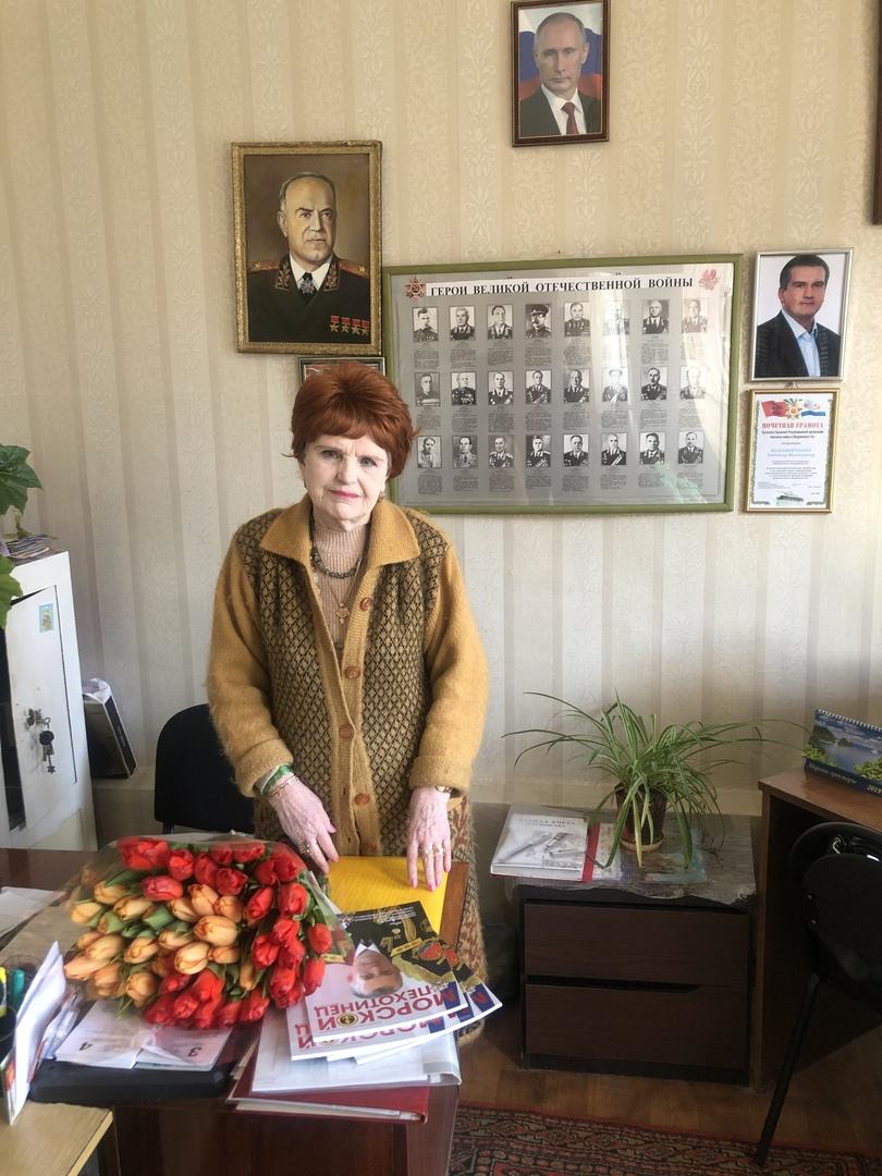 Кинокомпания «Союз Маринс Групп» и Отель Yalta Intourist поздравили женщин Ялтинской общественной организации инвалидов войны, вооружённых сил и участников военных действий с 8 Марта