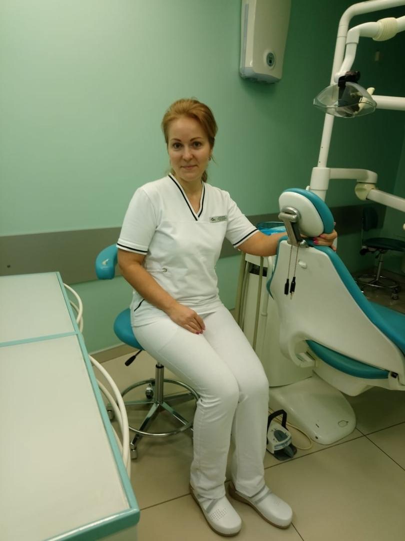 Стоматолог клиники Генри Кларка о работе и Леон Сабо, изображение №1