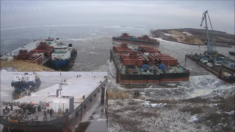 Мост Тольятти Климовка Смотрим на плавсредства в порту идёт передвижка понтонов