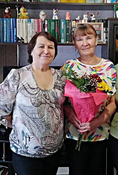 В.В.Волкова (слева) и Г.А.Кузнецова.Фото из альбома В.В.Волковой.