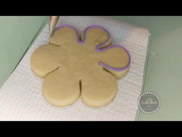 Beginner Cookie Decorating Simple Flower