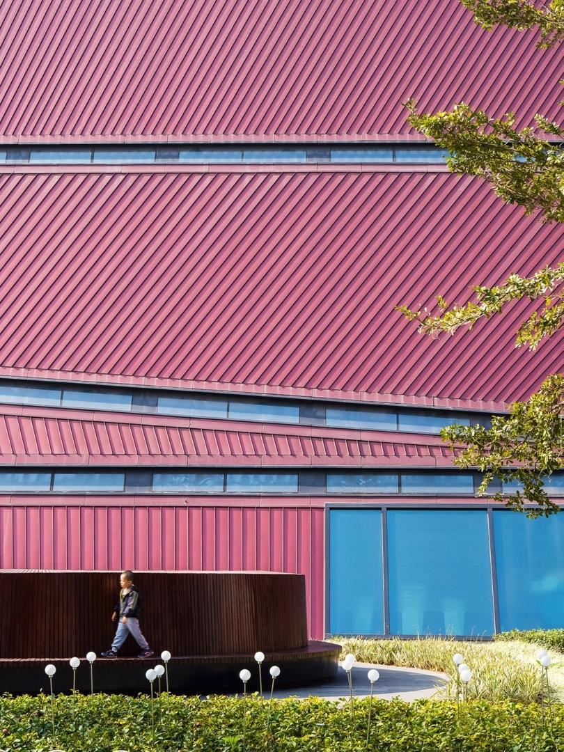 Бюро Mecanoo завершило строительство культурного центра вШэньчжэне