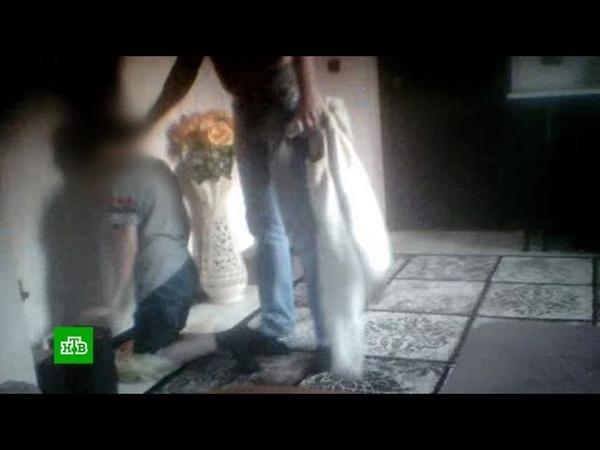 Видео издевательств отчима над стоящим на гречке мальчиком