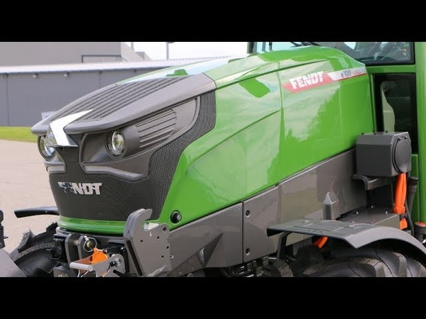 Fendt e100 Vario battery powered compact tractor