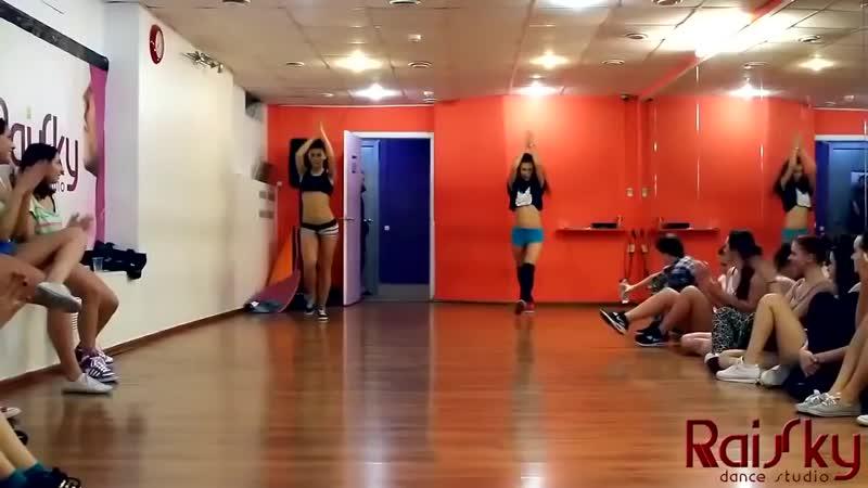Twrk dance raisky team