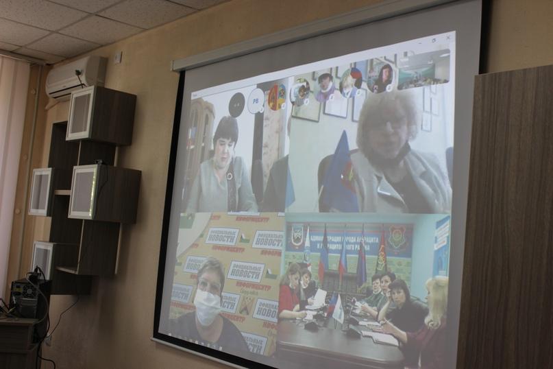 Селекторное совещание Министерства образования и науки ЛНР, изображение №2
