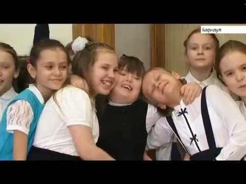 Девочка с синдромом Дауна учится на отлично в обычной барнаульской частной гимназии