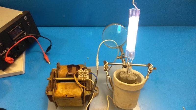 Сделай и себе такую лампу за 8 мин / УФ лампа для кварцевания