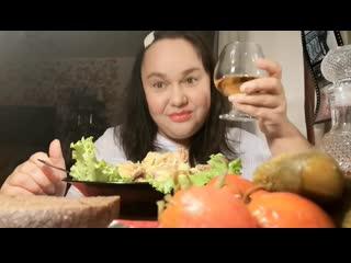 Инна Судакова - Коронавирус не пройдет! Многие говорят Ой, не помогает алкоголь.. Да конечно блять! Помогает