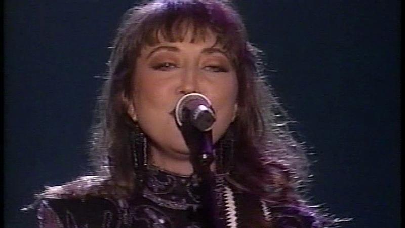 Pam Tillis Cleopatra, Queen Of Denial