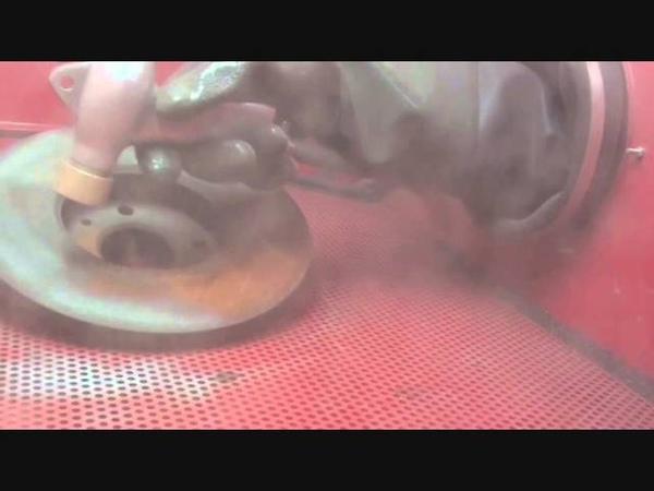 Sandstrahlkabine 420 L mit Staubabsaugung in Action - Strahlen - Sandstrahlen - von Powerplustools