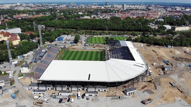 Stadion zmienia się i rośnie Sprawdź postępy w budowie