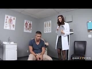 На приёме у доктора ( медсестру в больнице униформа порно секс юная молодая униформа в попу миньет)
