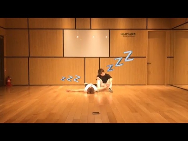F(x) 에프엑스 - 4Walls choreography male version with Romeo 현경