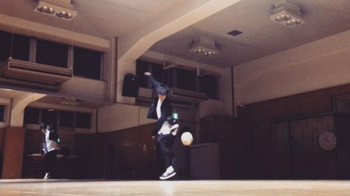 "Yu-ta on Instagram: ""freestyle razzoli ラッツォーリ freestylefootball ボンディングウォーマーブルゾン"""
