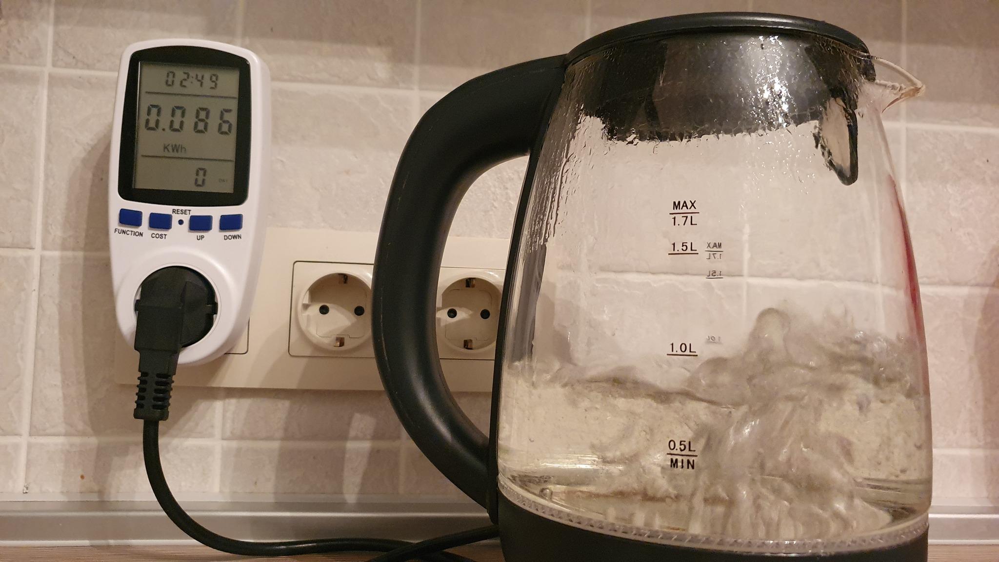 Кипятим чай в микроволновке