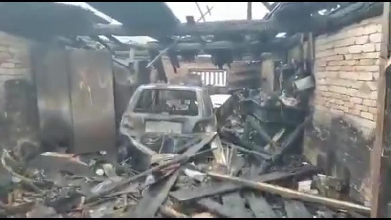 Пожар в гараже на Льнянщиков. Спасатели предотвратили трагедию.mp4