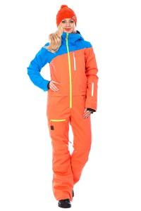 Как выбрать женский горнолыжный комбинезон?