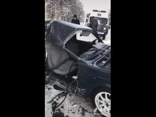 В Сосногорском районе в автомобильной аварии погибла беременная девушка