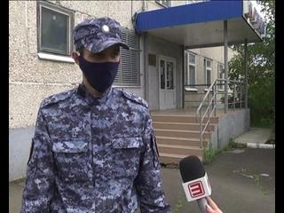 Росгвардейцы спасли девочку, чуть не упавшую с балкона под Иркутском