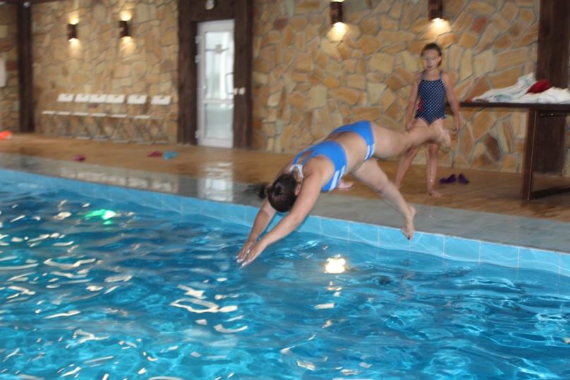 Почему полезно плавать в бассейне?, изображение №2