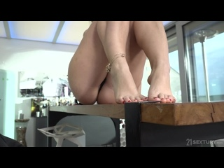 Rossella Visconti - The MILF And Her Young Foot Lover