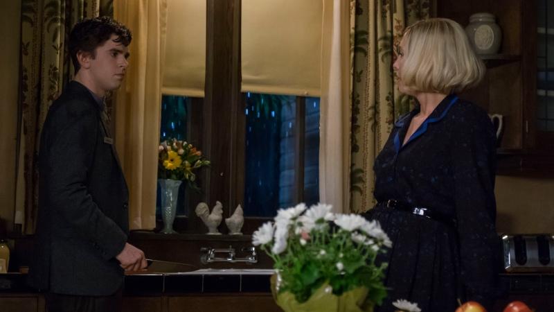 Мотель Бейтсов 4 сезон 5 по10 И 5 сезон 1 по 3 серия Жанр триллер детектив ужасы драма