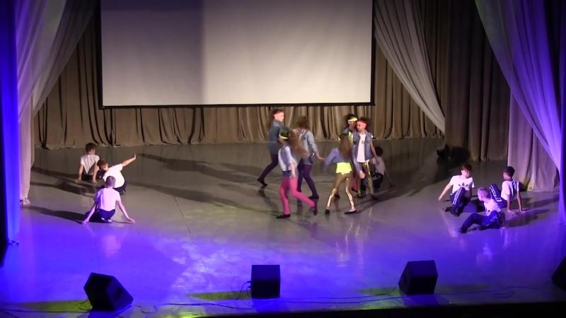 Отчетный концерт 2019 танец Любовь в стиле Adidas тренер Путрова М Н