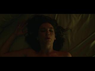 Hannah Gross - Mindhunter s01e01 (2017)(эротическая постельная сцена из фильма знаменитость трахается,инцест)