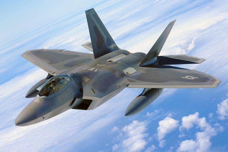 ИСТРЕБИТЕЛЬ ПЯТОГО ПОКОЛЕНИЯ F-22 RAPTOR, изображение №9
