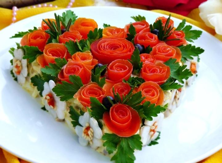 Салат «Розовый блюз»)