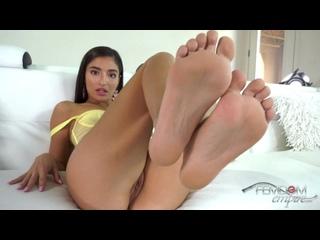 Emily Willis - My Filthy Foot Slut (Русская озвучка)